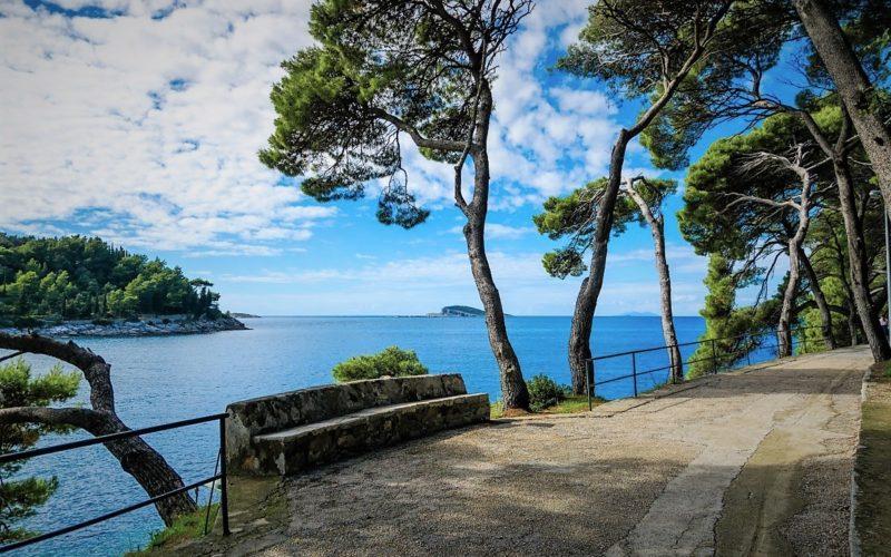 Lungomare, promenade aan de Adriatische zee in Kroatië